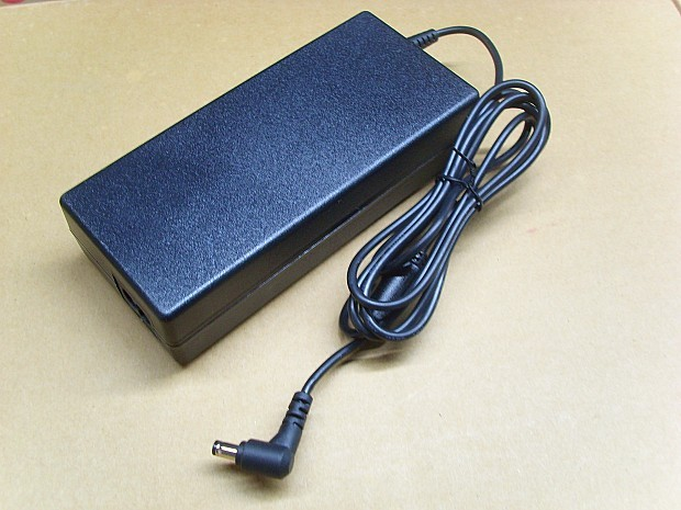 NEW 12V 10A 120W Sony VGP-AC1210 AC Adapter